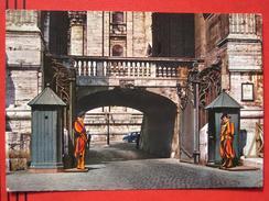 Roma / Citta Del Vaticano (RM) - Ingresso Arco Campane Con Guardia Svizzera - Vatikanstadt