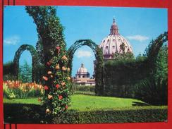 Roma / Citta Del Vaticano (RM) - La Cupola Di S. Pietro Dal Giardini Vaticani - Vatikanstadt