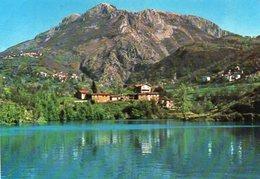 Lago Di Villa Collemandina E Pania Di Corfino M. 1603 - Italia