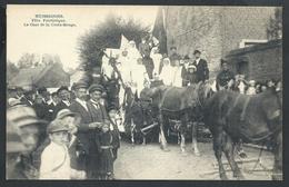 +++ CPA - HUISSIGNIES - Fête Patriotique 1920 - Char De La Croix Rouge  - 3/5  // - Chièvres
