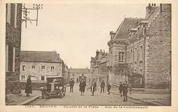 PIE-F-V-17-1331 : BEGARD. AUTOMOBILE - Autres Communes
