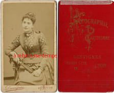 CDV Mode Fin XIXe-femme Très Jolie Robe-photo Desvignes-Grande Cote à Lyon - Old (before 1900)
