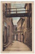 QUEBEC CITY PQ Canada - SOUS LE CAP - NARROW STREET VIEW - C1940s PECO Vintage Postcard - Quebec