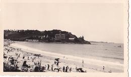 26190 Deux 2 Photo De 1936 Bretagne France -Perros Guirec - Trestraou Plage