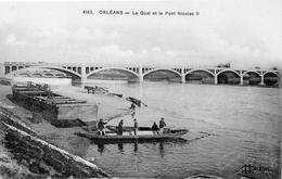 Orléans.. Animée Le Quai Et Le Pont Nicolas II La Loire Attelage Barque Batellerie Navigation - Orleans