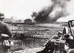 Horreurs Allemandes En Russie Ferme Sovietique En Feu WWII WW2 Ancienne Photo 1941