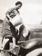 Russie Effort De Guerre Femme Chauffeuse De Voiture WWII WW2 Ancienne Photo 1941