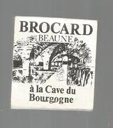 G-I-E , Tabac , Boites , Pochette D'ALLUMETTES , Publicité , 2 Scans , Cave De Bourgogne , Brocard , Beaune - Matchboxes