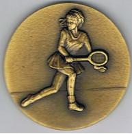 Grosse Médaille  Tennis Femme  Vétéran Orange  1986 - Habillement, Souvenirs & Autres