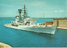 """Caccialanciamissili """"Impavido"""", D 570, In Entrata Nel Porto Di Taranto, Marina Militare Italiana - Guerra"""