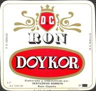 874 - Espagne - Etiquette RON DOYKOR - D & C - Elaborado Y Embotellado Por : Destilerias Bombita Rute - España - Rhum