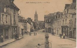 D35 - COMBOURG - LA PLACE - (FONTAINE) - Combourg