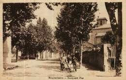 CPA  (13)    ROQUEVAIRE   -   Boulevard Piet - Roquevaire