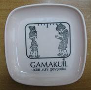 AC - HACIVAT - KARAGOZ TURKISH SHADOW PLAYERS THEATRE PLASTIC PLATE # 1 GAMAKUIL FROM TURKEY - Plates