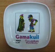 AC - HACIVAT - KARAGOZ TURKISH SHADOW PLAYERS THEATRE PLASTIC PLATE # 2 GAMAKUIL FROM TURKEY - Plates