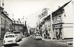 Cpsm Creil Rue De La Républiquestation Esso, Vieilles Voitures, Pub Vermuth Noilly Prat, Petit Beurre Lu - Creil