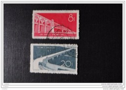 Chine 1957 Y Et T N° 1103 Et 1104  Sans Gomme, Oblit    Pont Sur Le Yang Tsé - Gebraucht