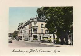 CPSM Dentelée - SARREBOURG (57) - Aspect Du Quartier De L'Hôtel-Restaurant Bour Dans Les Années 60 - Sarrebourg