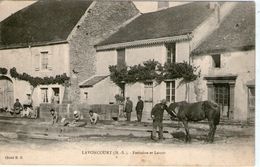 (H S)  CPA  Lavoncourt  Fontaine Et Lavoir  (bon Etat) - Andere Gemeenten