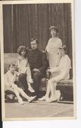 CP  S.M. Le Roi Albert En Famille Photo Lonthie - Royal Families