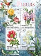 CENTRAFRICAINE 2013 SHEET FLOWERS FLEURS BLUMEN FIORI FLORES BIRDS OISEAUX VOGELS Ca13315a - Repubblica Centroafricana