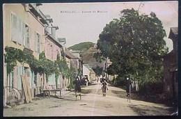 Rare Cpa 12 MARCILLAC Animée AVENUE DE MOULINE , 1911 ,AVEYRON  Enfants Sur échasses  CHILDREN ON STILTS - France