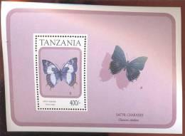 TANZANIA   737  MINT NEVER HINGED SOUVENIR SHEET OF BUTTERFLIES - Butterflies
