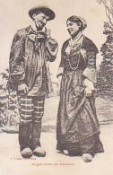 Couple        256         Magnat Faisant Une Déclaration - Couples