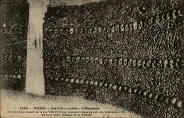 MORTUAIRE - Tête De Mort - Squelette - Crypte - Ossements - PARIS - Catacombes - Cartes Postales