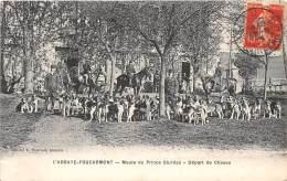 76 - SEINE MARITIME / L' Abbaye Foucarmont - Meute - Chasse à Courre - Départ De Chasse - France