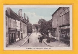PONTAILLIER-SUR-SAONE -21- COMMERCES - Rue Vers Le Pont Saint Jean - Articles De Pêche - Pompe Essence Etc.. - Animation - France
