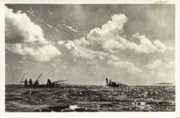 Tahiti, TUAMOTU MAKEMO, Bonito Fishing With Nacre Hooks (1940s) J. Atem RPPC - Tahiti