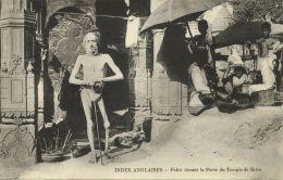 India, Native FAKIR FAQIR In Front Of Shiva Temple, Holy Man (1910s) Postcard - India