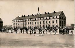 CPA-1950-19-BRIVE La GAILLARDE-126e RI-CASERNE BRUNE-PARTIE OUEST De La COUR D HONNEUR-TBE - Brive La Gaillarde