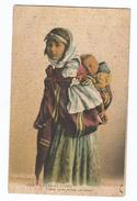 Scenes Et Types Femme Arabe Portant Son Enfant - Szenen