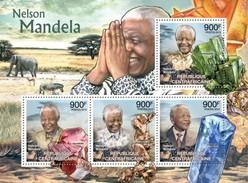 CENTRAFRICAINE 2012 SHEET NELSON MANDELA MINERALS NOBEL PRIZE MINERAUX MINERALIEN Ca12310a - Central African Republic