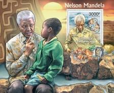 CENTRAFRICAINE 2012 SHEET NELSON MANDELA MINERALS NOBEL PRIZE MINERAUX MINERALIEN Ca12310b - Central African Republic