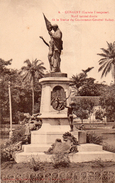GUINEE CONAKRY MOTIF LATERAL DROIT STATUE DU GOUVERNEUR GENERAL BALLAY - French Guinea