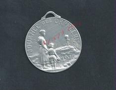 MILITARIA ANCIEN INSIGNE MEDAILLE JOURNEE DES ORPHELINS 1916 MILITAIRE : - Altri