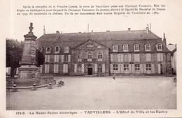"""VAUVILLERS """"L'Hôtel De Ville Et Les Ecoles"""" - Autres Communes"""