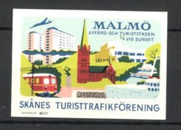 Vignette Publicitaire Malmö, Vue Du Bâtiment, Chemin De Fer, Un Avion Et Bateau à Vapeur - Cinderellas