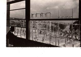 01--GENISSIAT--Poste E. D. F. -vue Prise Du Haut De La Passerelle De Surveillance Dans La Salle De Commande-voir 2 Scans - Génissiat