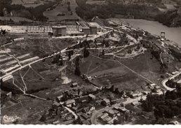 01----RARE---barrage De GENISSIAT---son Lac Et Vue Générale Aérienne---voir 2 Scans - Génissiat