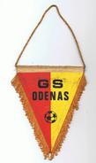 FANION  GRAPPE SPORTIVE ODENAS  , CLUB DE FOOTBALL - 69 - - Kleding, Souvenirs & Andere