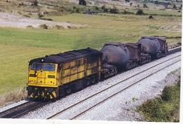 CPM LOCOMOTORA DIESEL 321.035 EUROFER-AMICS DEL FERROCARRIL  Scans Recto Verso N° 892 - Trenes