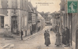 CARTE POSTALE DE CHATEAUBOURG - France