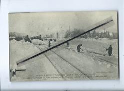 CPA Rétrécit - Gare D'Andelot En Montagne-Travailleurs Déblayant Les Voies Obstruées Par La Neige.Cinq Trains Attendent - Frankrijk