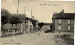 51 BASSUET - Mairie Et Rue Du Pont - France