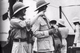 Militaria WW2 - Le Général De Gaulle Et Le Major-général Spears En Route Vers Dakar En 1940 - 1939-45