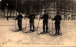 CAUTERETS - Sports D'hiver - Gardes Forestiers En Skis - En L'état - Cauterets